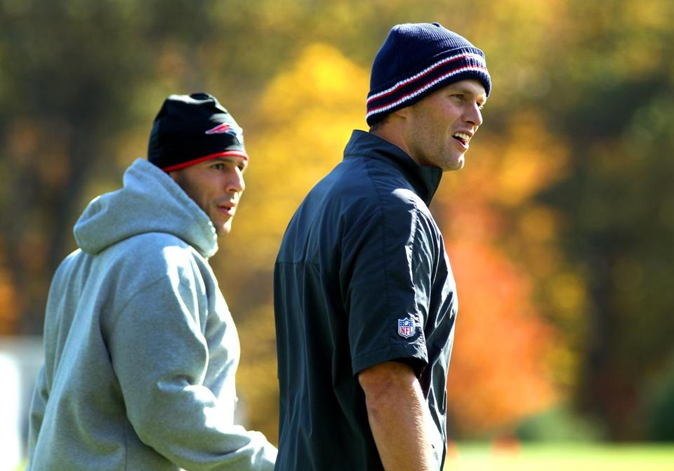 Tom Brady (right) and the Patriots face a team they know well on Sunday, the Jets.