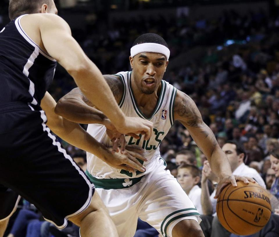 In the 115-85 exhibition win over the Nets on Thursday, Courtney Lee led the Celtics with 18 points.