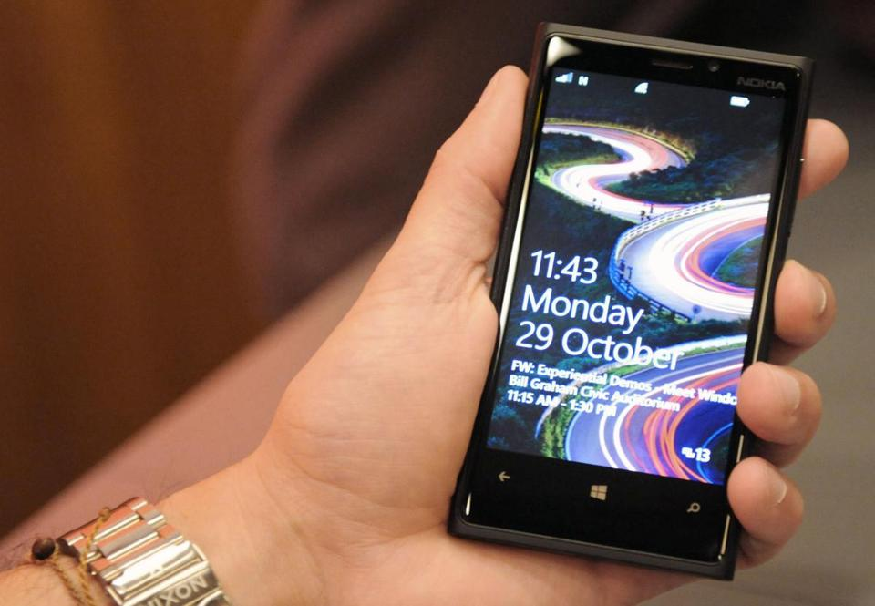 The newly launched Windows 8 phone software may help Nokia boost sales.