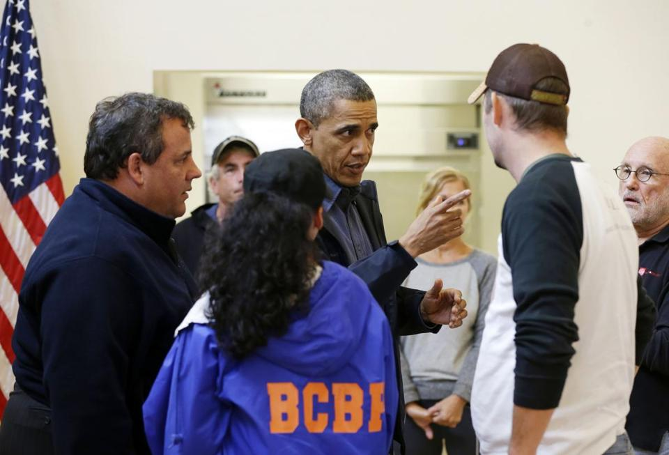 President Obama met with Governor Chris Christie of New Jersey and some displaced residents of Brigantine Beach.