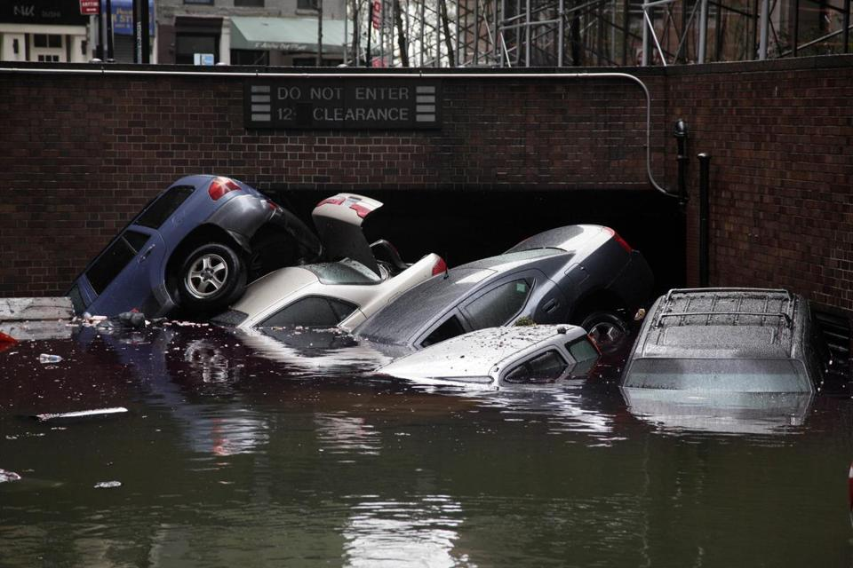 Insurance claims indicate that Sandy hasn't resulted in a glut of damaged cars the way Hurricane Katrina did in 2005.