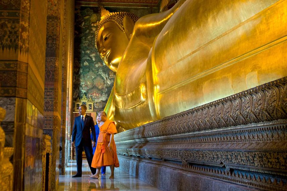 President Obama and Secretary of State Hillary Rodham Clinton toured a Buddhist site in Bangkok on Sunday.