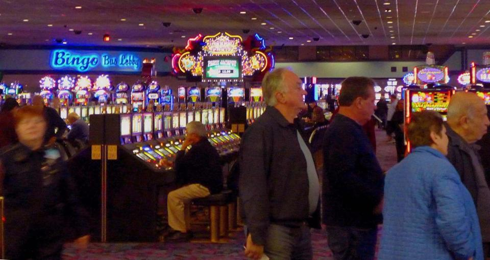 Of the many gaming rooms at Foxwoods, the slot parlors are the most popular, with more than 6,300 machines to play and amounts from a penny to $100.