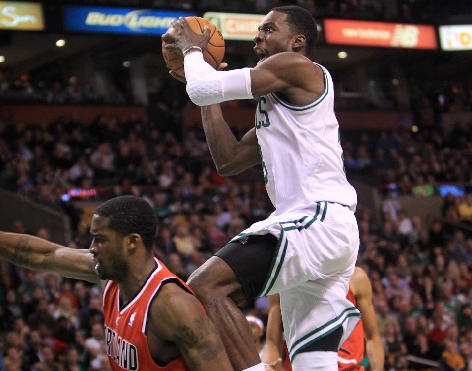 The Celtics' Jeff Green (19 points) put on a show of strength against the Blazers on Friday.