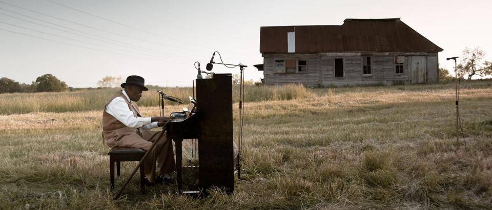 In Ragnar Kjartansson's videos, Pinetop Perkins played in a field in Texas.