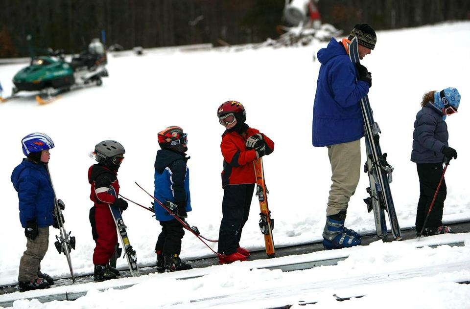 The state will request bids soon to run the Blue Hills Ski Area in Canton. Ski Blue Hills Management had a five-year contract with a one-year extension to operate the slopes.