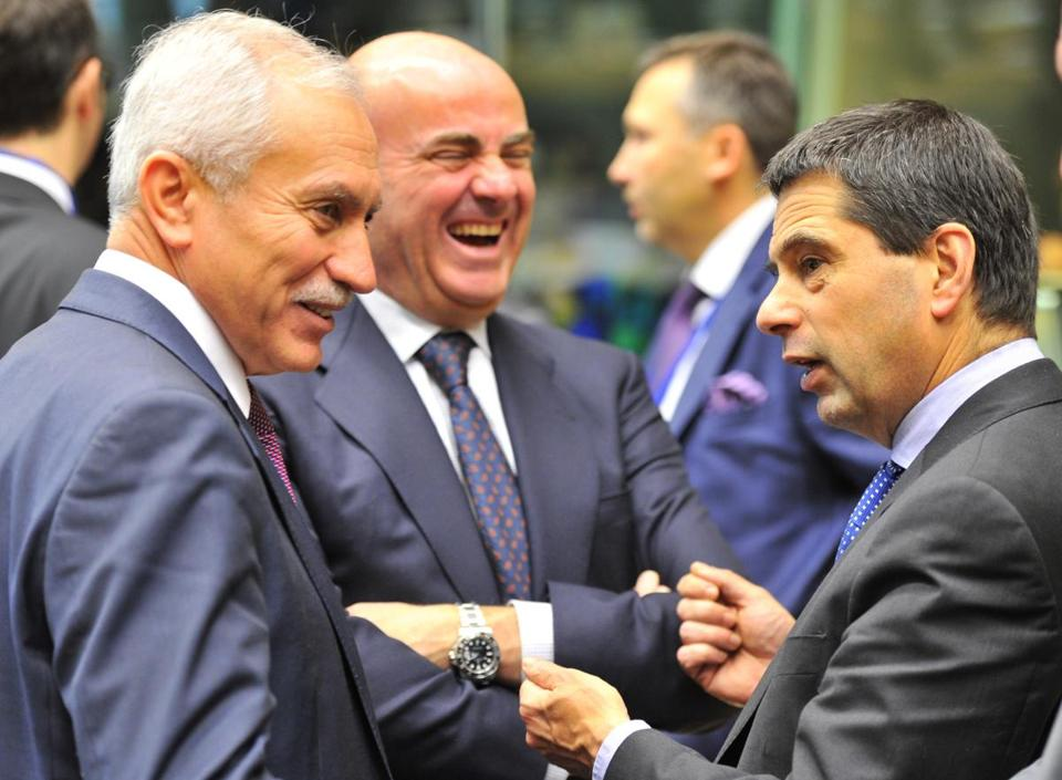 The finance ministers (from left) of Cyprus, Spain, and Portugal met before the talks in Brussels Wednesday.