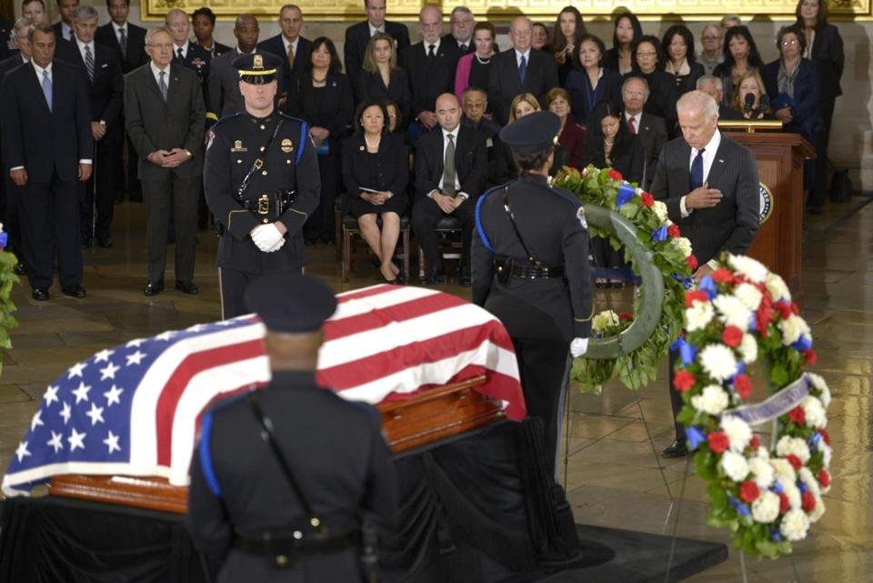 Vice President Joe Biden paused at the casket of Senator Daniel Inouye of Hawaii in the Capitol Rotunda Thursday.