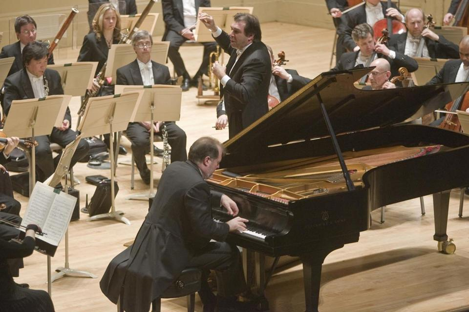 Daniele Gatti conducted the BSO and soloist Garrick Ohlsson in Schumann's Piano Concerto in 2008.