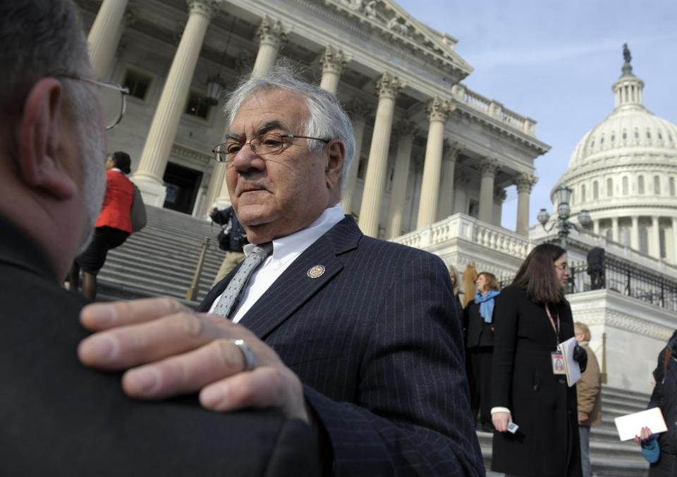 Barney Frank said his 32 years in the House makes him uniquely qualified to deal with the fiscal issues facing the Senate.