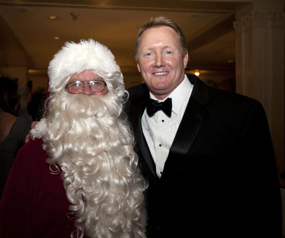 Bill Lynch with Globe Santa at the Salem Snowball Gala on Dec. 14. The event raised $9.250.