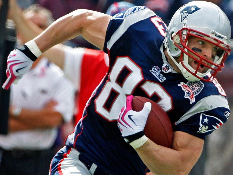 The Patriots keep finding ways to put Wes Welker in good positions to make plays.