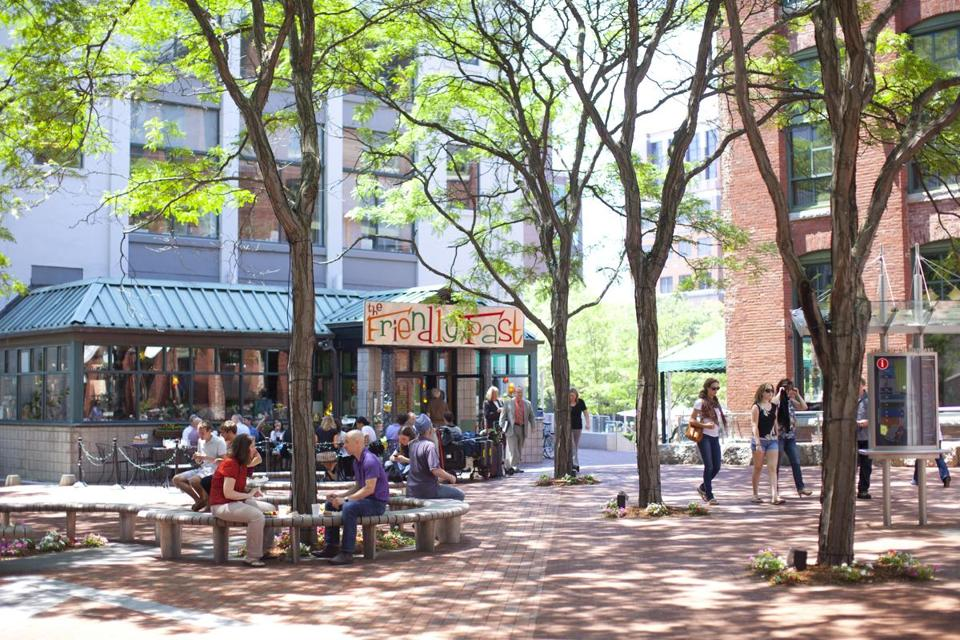 Visitors to Kendall Square gathered at lunchtime.