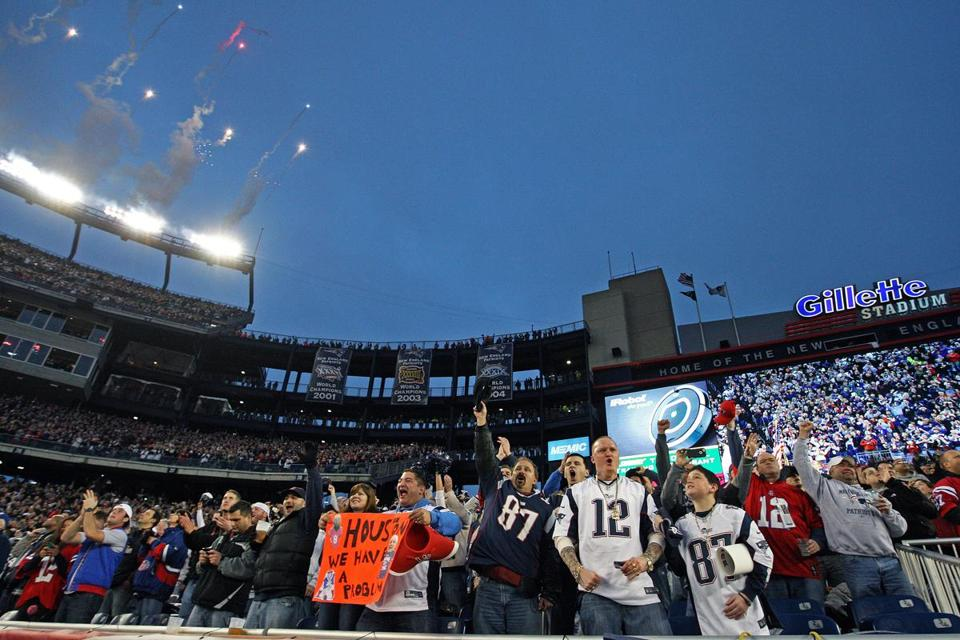 The home crowd stands out in the playoffs; the Patriots are 5-2 at Gillette since 2007.