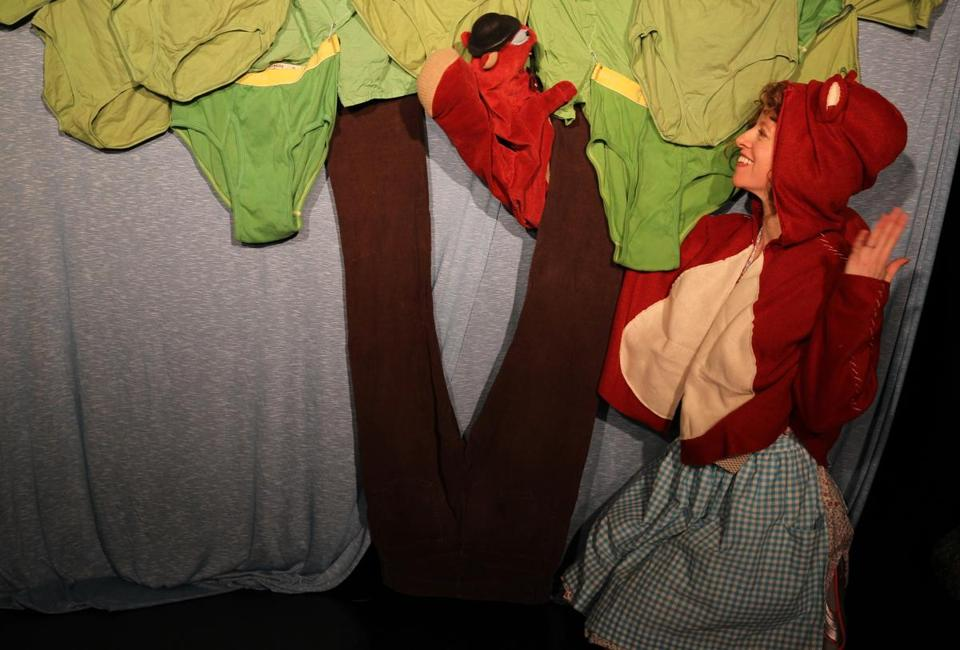 "Bonnie Duncan's all-ages solo show, ""Squirrel Stole My Underpants,"" combines puppetry, mime, dance, and original music."