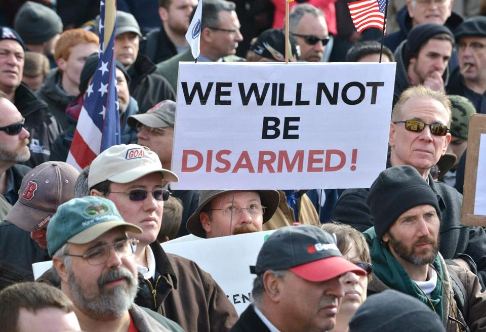 As many as 700 gun rights advocates assem­bled outside the State House.