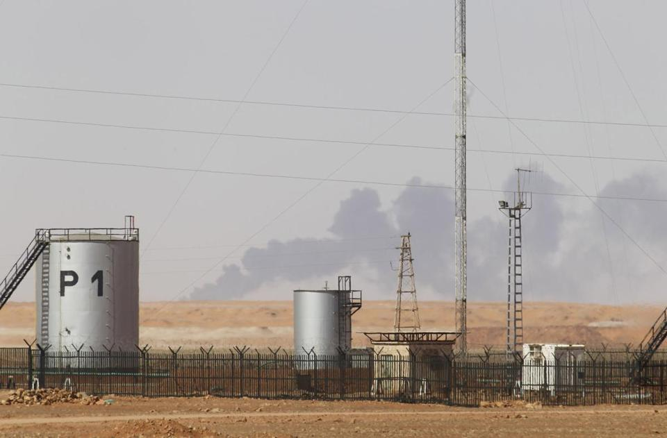 Smoke rose above In Amenas gas plant Sunday, site of a four-day hostage crisis.