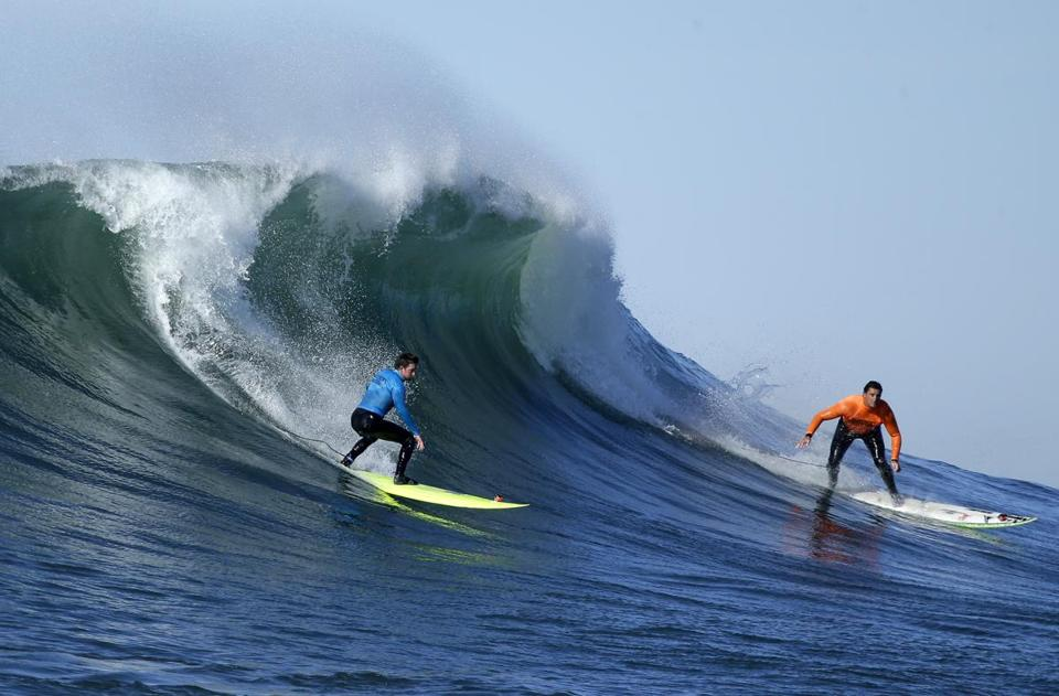 Shane Desmond (left) and Ben Wilkinson competed in the Mavericks Invitational in Half Moon Bay, Calif., on Sunday.