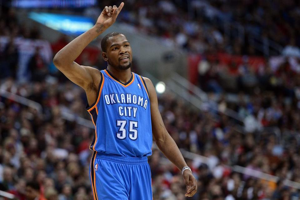 Kevin Durant scored 32 points for the Thunder.