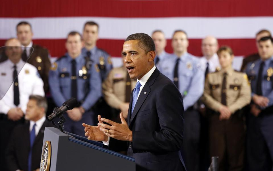 President Obama spoke about ways to reduce gun violence during a visit to the Minneapolis Police Department Special Operations Center in Minneapolis.