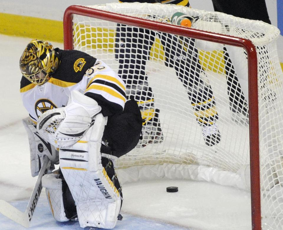 Bruins goalie Anton Khudobin couldn't squeeze Cody Hodgson's shot, which gave the Sabres a 4-2 lead in the third period.