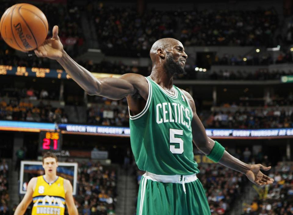 Kevin Garnett reacted after being called for a foul Tuesday.
