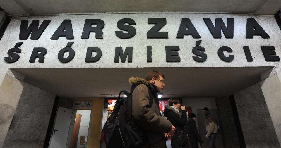 Several diacritical marks are on a train station sign in Warsaw. An effort to preserve them is underway.