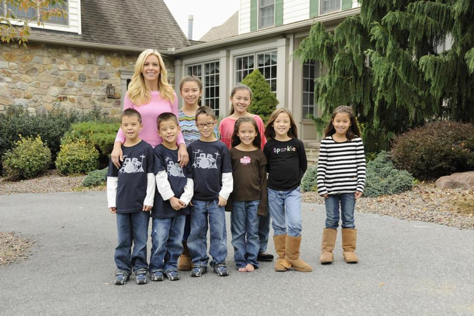 Kate Gosselin with her eight children.