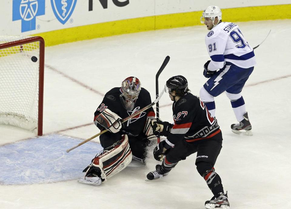 The Lightning's Steven Stamkos (right) scored and had an assist during a four-goal third period.