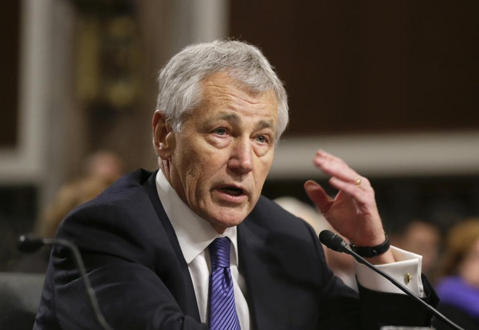 The Senate voted 71-27 to end the Republican filibuster of the nomination of Chuck Hagel for defense secretary.