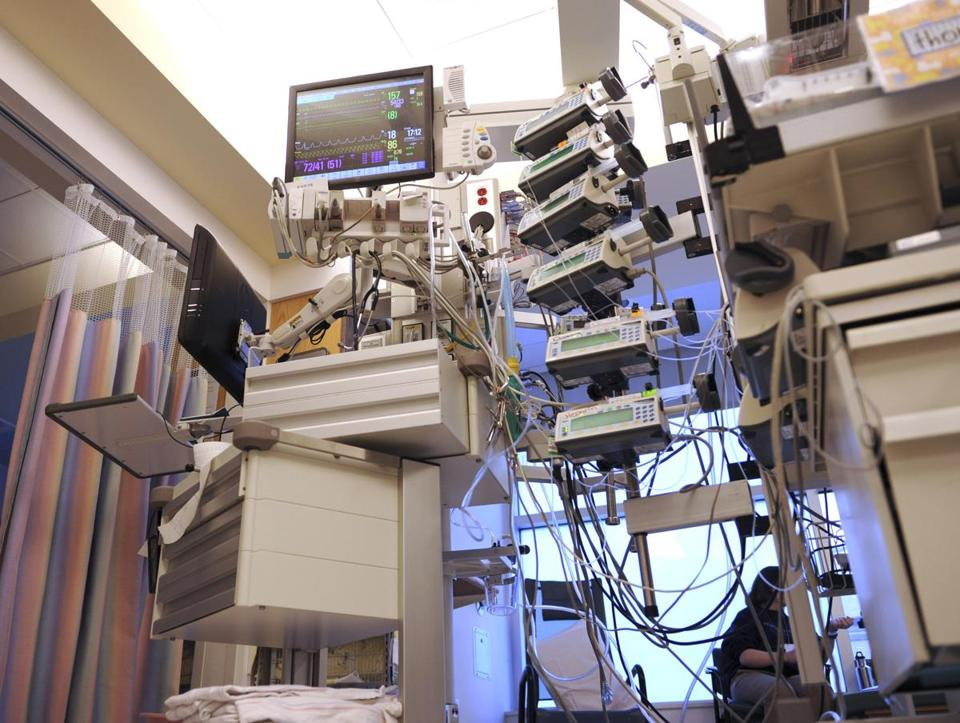 New technology at Boston Children's Hospital allows doctors to track several monitors providing data on a patient on a single display.