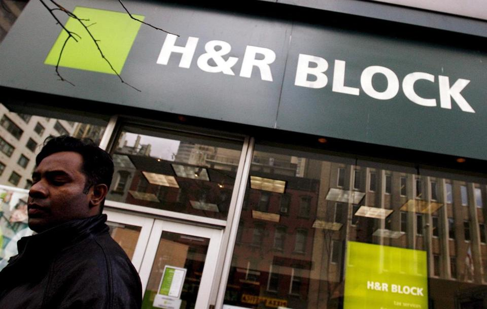 H&R Block says the education credit glitch has been fixed.