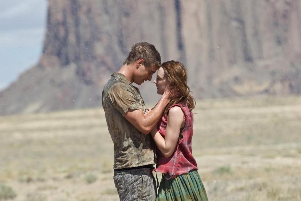 "Max Irons and Saoirse Ronan in ""The Host."""