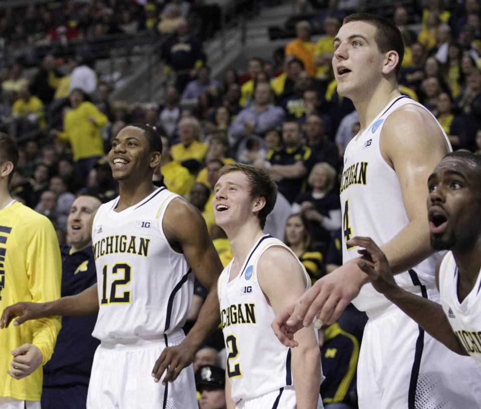 Michigan advances to the round of 16 for the first time since 1994 with its win over VCU.