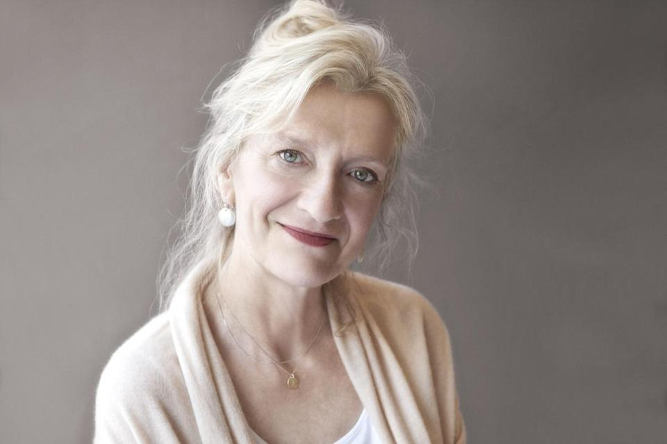 "Elizabeth Strout's third book, ""Olive Kit-teridge,'' won the Pulitzer Prize in fiction."