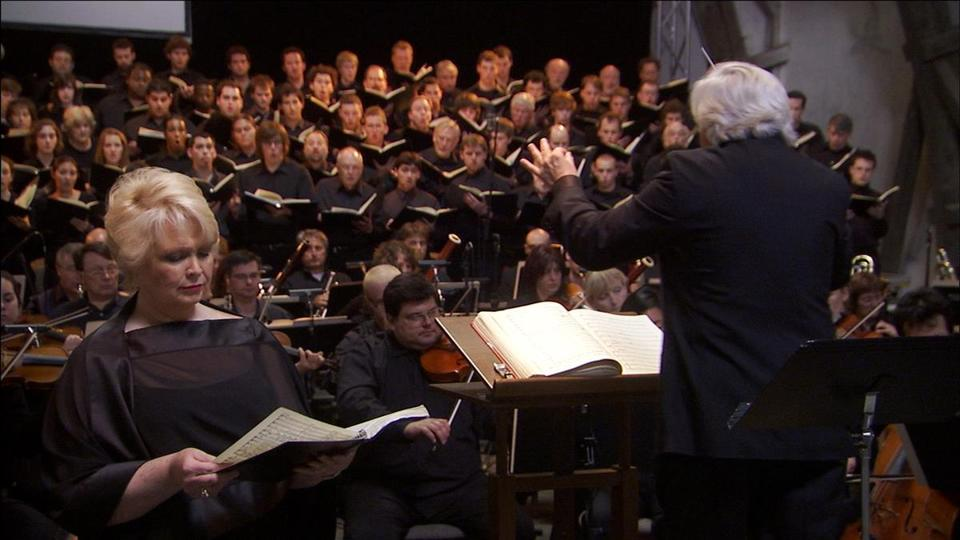 Conductor Murry Sidlin with a full chorus and orchestra at Terezin for a memorial performance of the Requiem in 2006.