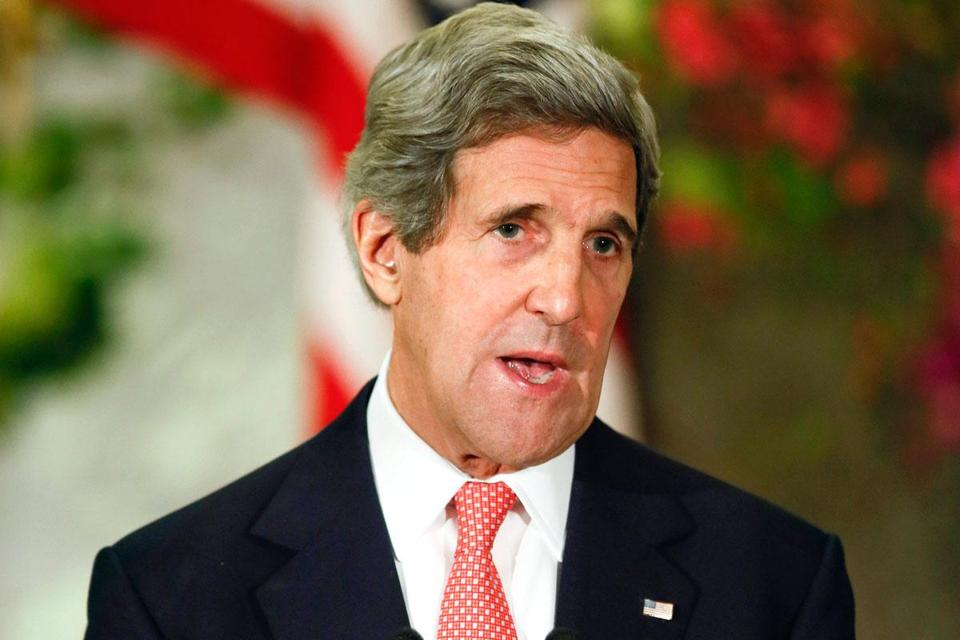 Secretary of State John Kerry said the United States would reduce its defenses if the nuclear threat ended.