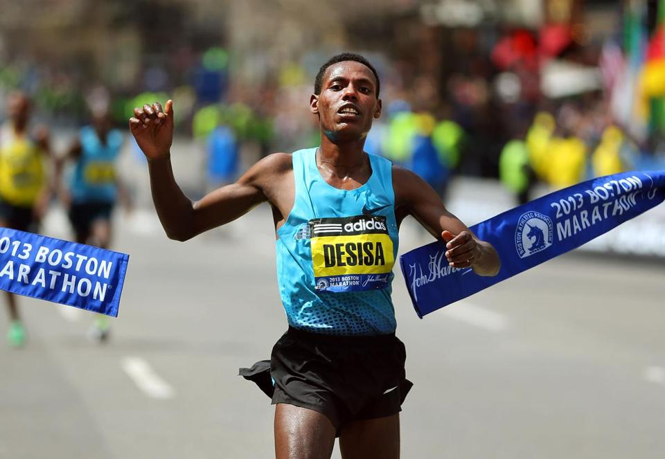 Lelisa Desisa Benti won the race with a time of 2:10:22.