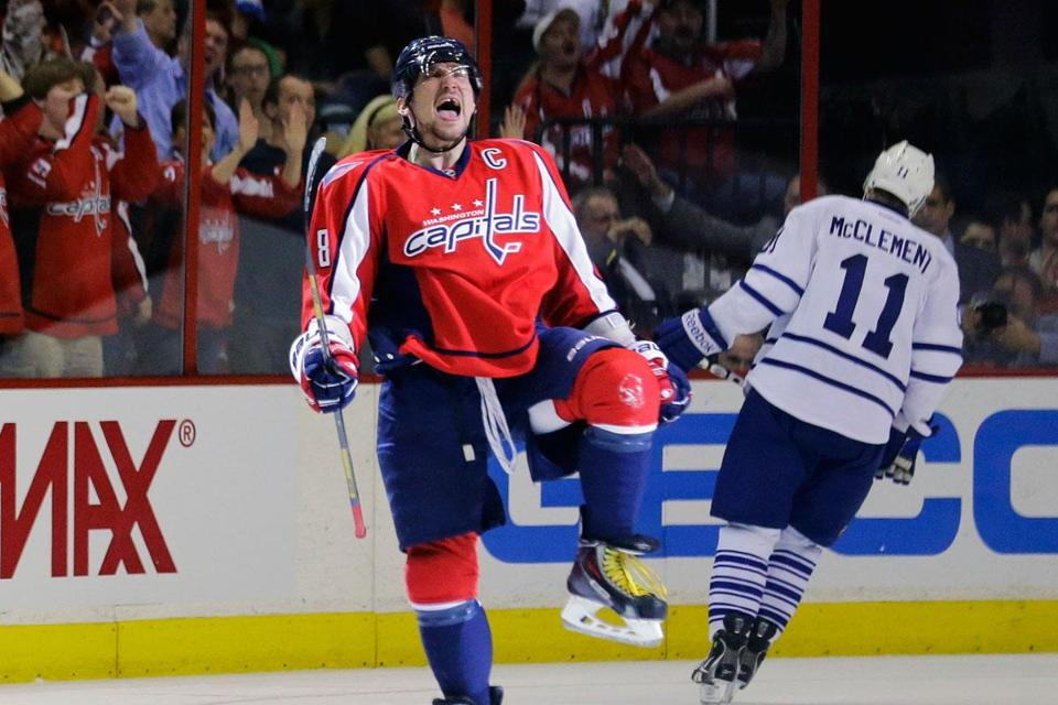 Goal No. 28 gives the Capitals' Alex Ovechkin reason to cheer.