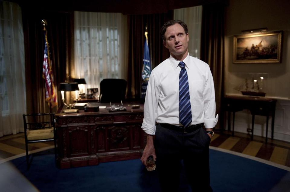 "Tony Goldwyn, who plays President Fitzgerald ""Fitz"" Grant in the ABC drama ""Scandal,"" says he takes a little of Clinton and Obama to create his character."
