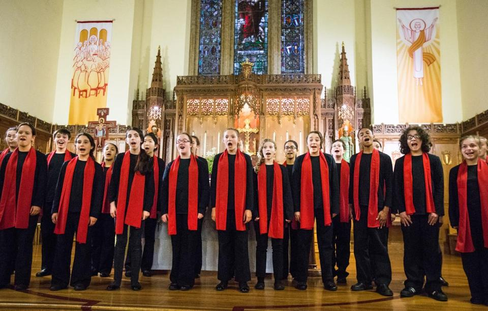 The Boston City Singers Tour Choir sang in a concert to promote peace in St. Mark's Catholic Church in Dorchester.