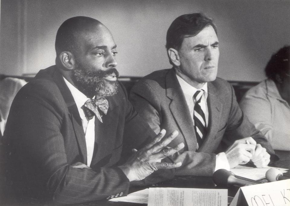 Boston mayoral candidates Mel King and Ray Flynn debate at the Old South Church in 1983.