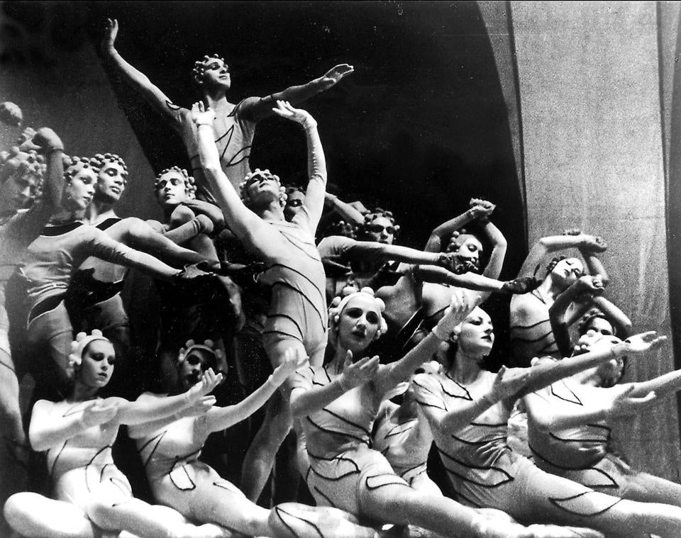 Frederic Franklin (top) is shown performing with the Ballet Russe de Monte Carlo in 1939.