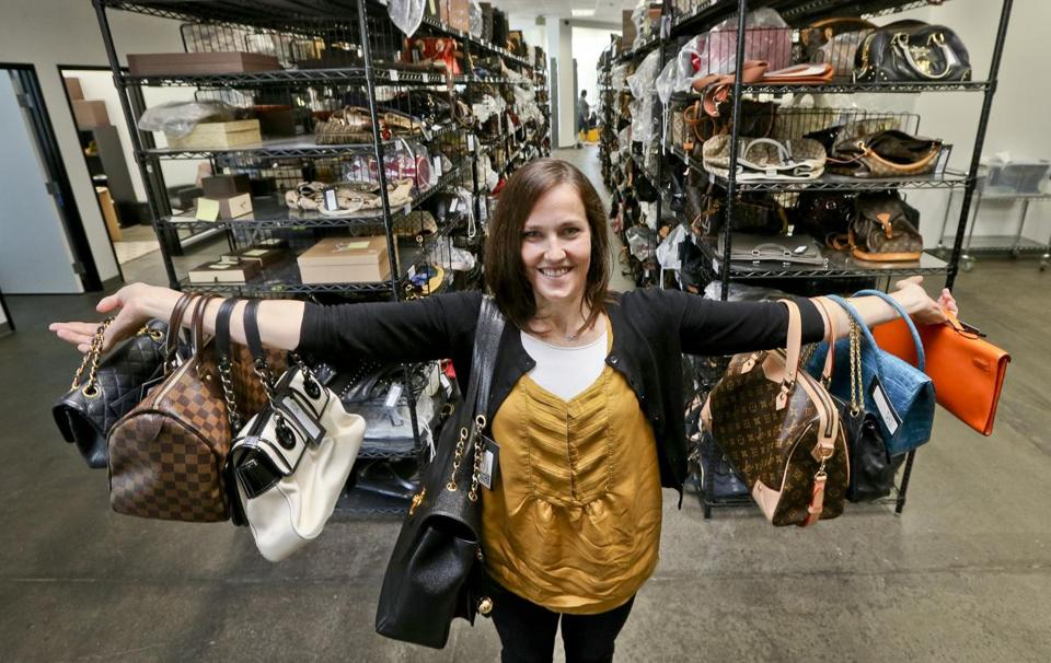 Sarah Davis's Internet handbag company, Fashionphile.com, may have to begin collecting non-California sales taxes.