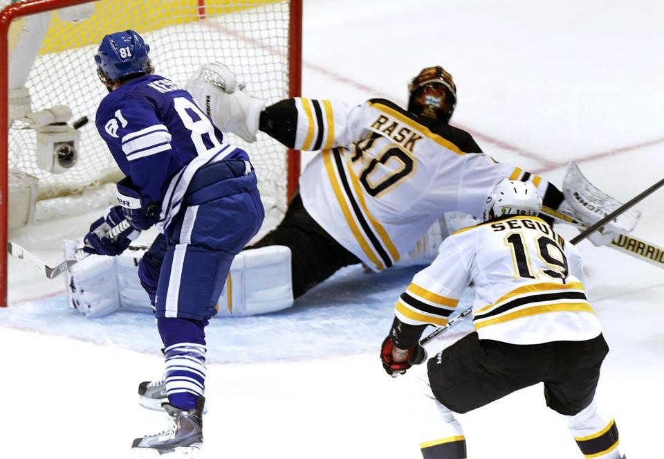 Neither Tuukka Rask nor Tyler Seguin could stop Maple Leafs star Phil Kessel from potting the eventual game-winner.