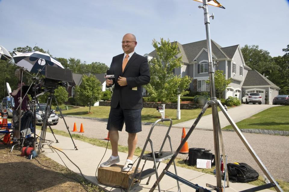 On a hot day, ESPN Deportes broadcaster Eduardo Varela went to work in front of the house.