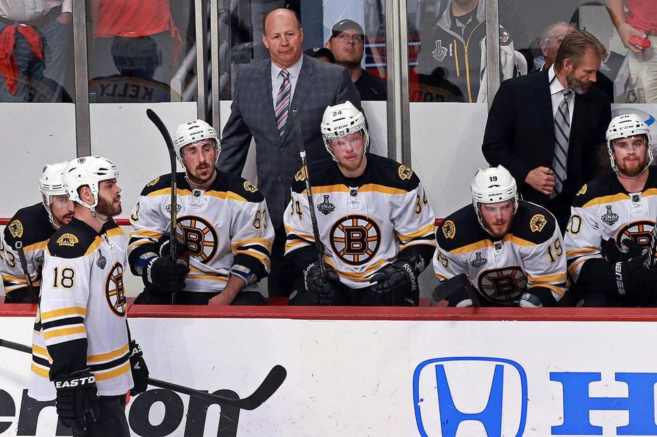 Coach Claude Julien and his players reacted to Chicago scoring an empty-net goal late in the third.