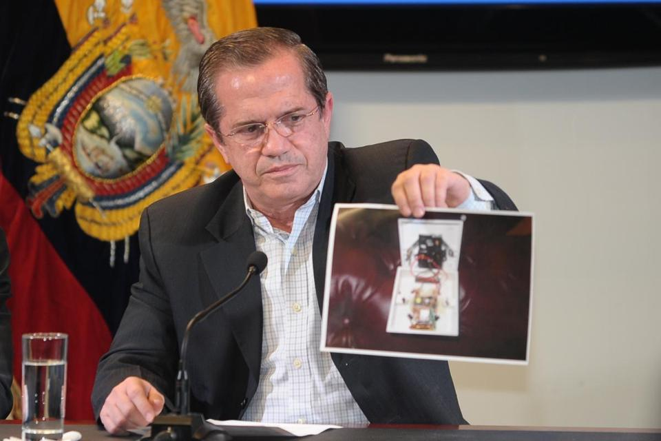 Ecuador's Foreign Minister Ricardo Patino showed a picture of a microphone that the South American country says was found in the ambassador's office at its embassy in London.