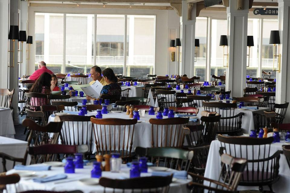 On July 3, only a few customers dined at Anthony's Pier 4, once one of the country's busiest restaurants.