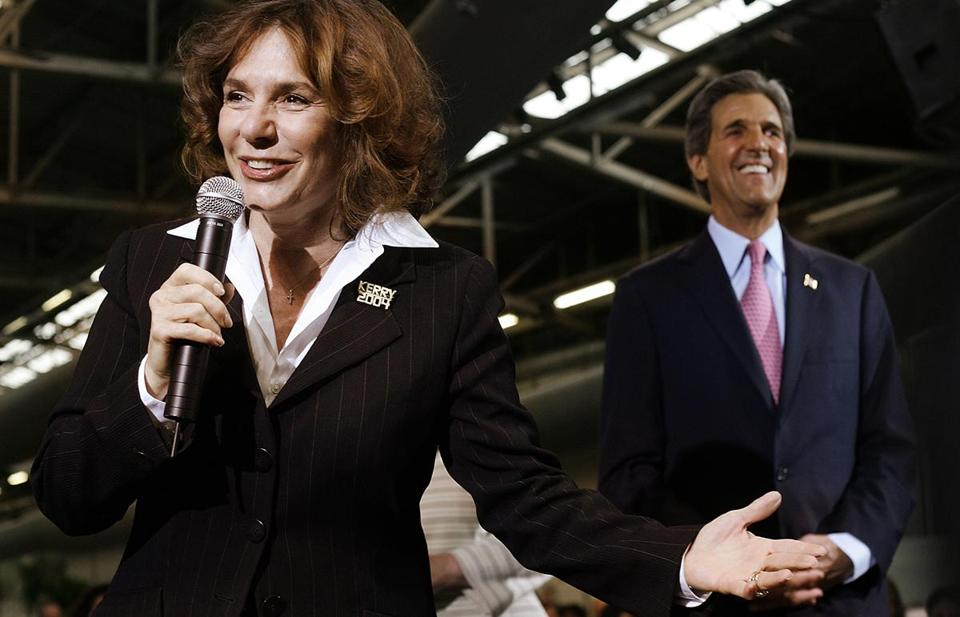 Teresa Heinz Kerry and John Kerry in 2004.